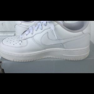 Nike Shoes - Nike Air Force One, Y5/women 6.5